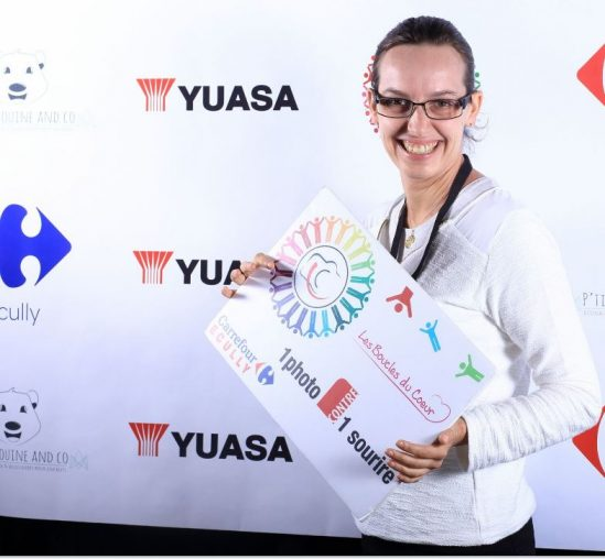 YUASA soutient l'association Une photo contre un sourire